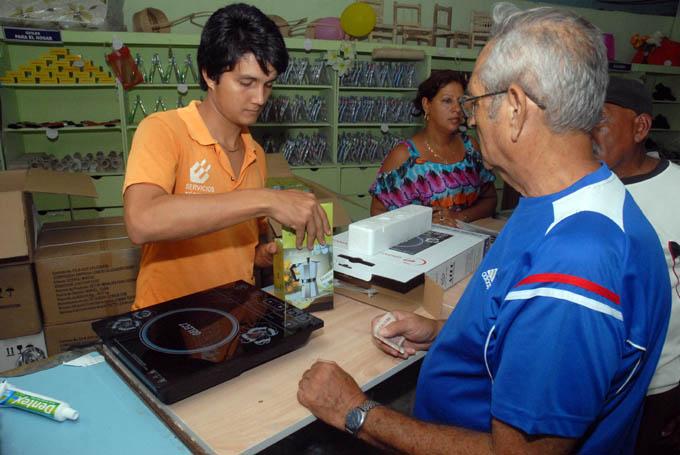 Inicia en Manzanillo venta liberada de cocinas de inducción