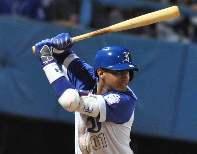 Industriales llega a 20 victorias en temporada del béisbol cubano