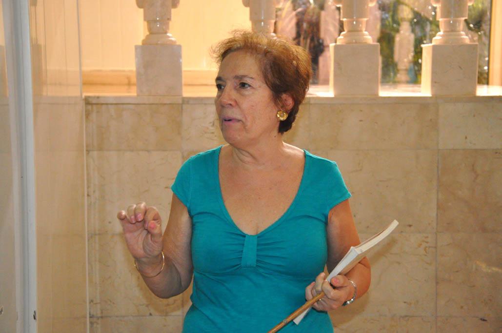 Artista uruguaya expone sus obras en la Fiesta de la Cubanía