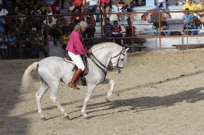 Mazzoleni, atracción en la apertura de la Feria