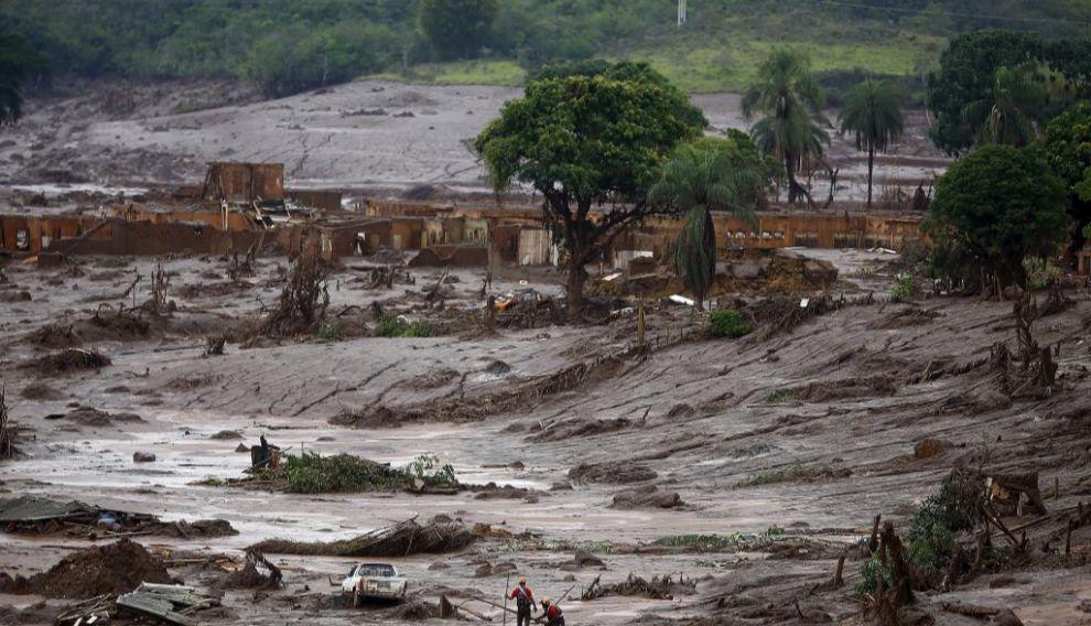 a localidad de Mariana, cubierta por el lodo después de la riada