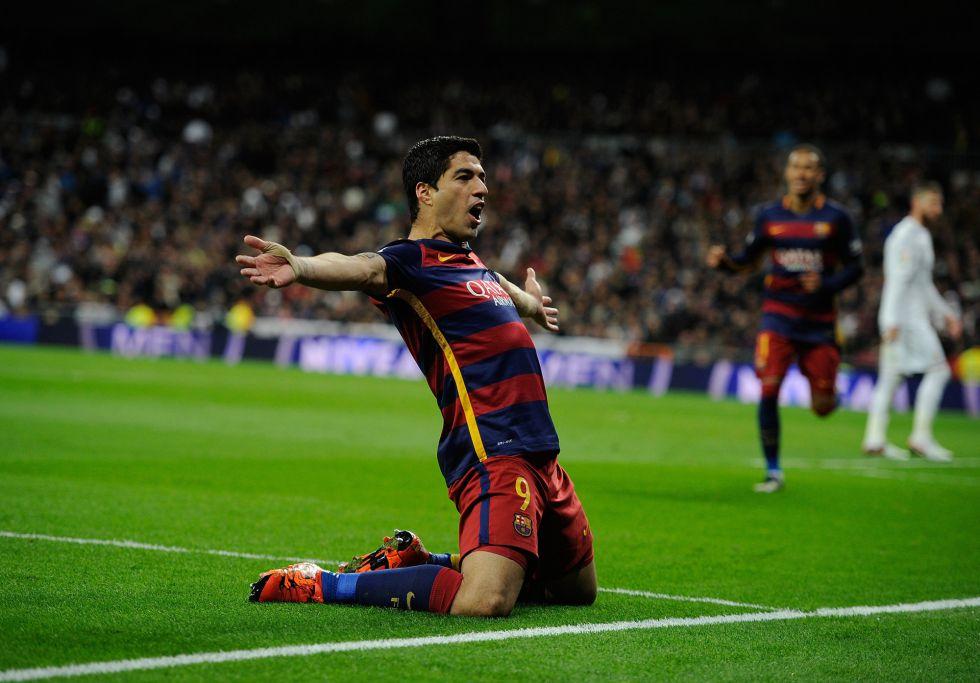 Luis Suarez celebra el primer gol contra el Madrid