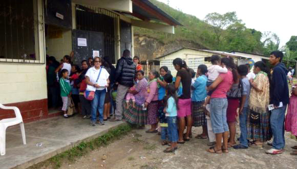 Médicos cubanos en Guatemala: una obra de infinito amor