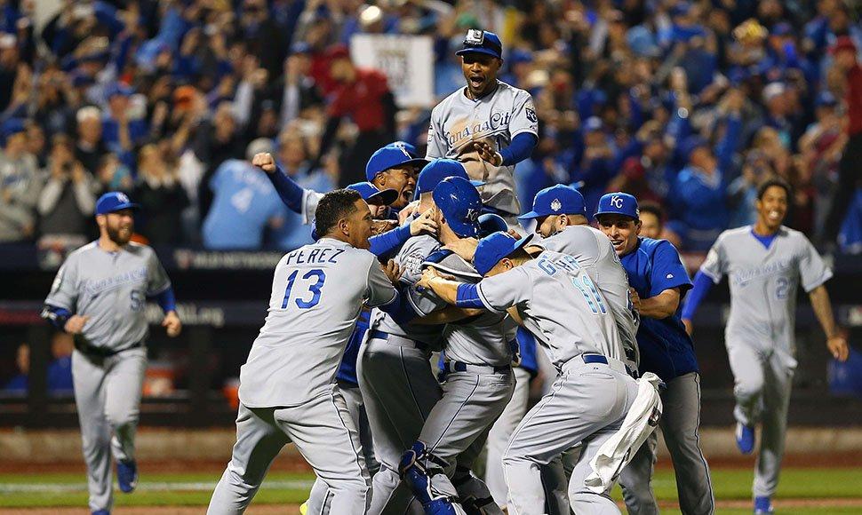 Reales de Kansas City logran título en Serie Mundial de béisbol