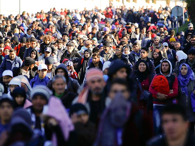 Alrededor de 218 mil migrantes llegaron a Europa en octubre
