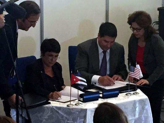 ETECSA firma acuerdo con empresa estadounidense Sprint para servicios de roaming