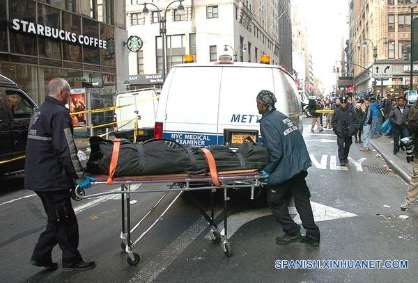 Tiroteo en centro de Manhattan deja un muerto y 2 heridos