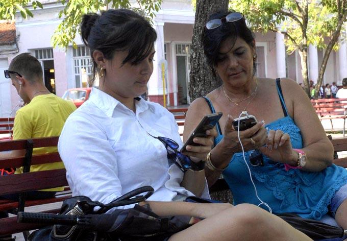 CUBA-VILLA CLARA-WIFI CON BUENA ACEPTACIÓN EN SANTA CLARA