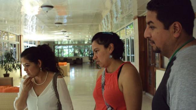 De izquierda a derecha: Rocío Albino Garduño, Mónica Rangel Villafranco e Israel Cárdenas