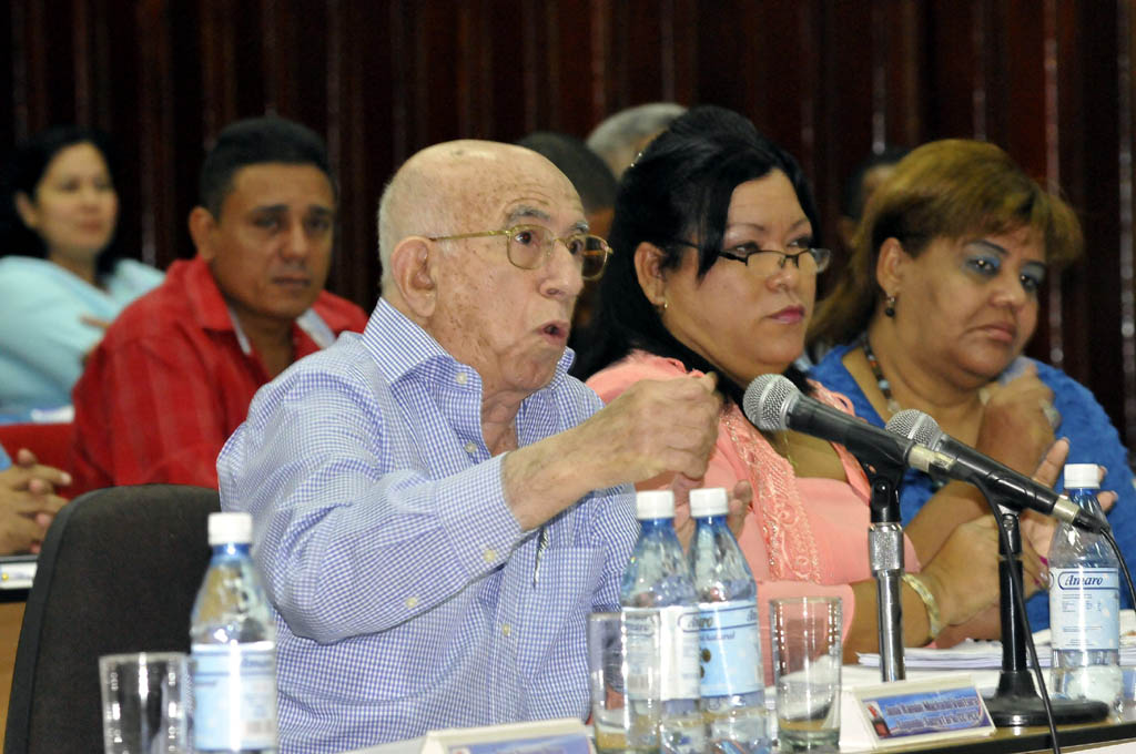 Asamblea del Partido en Granma 4