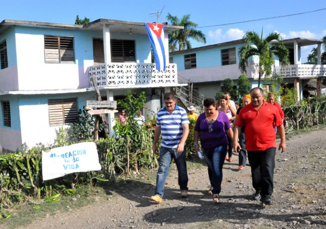 Barrio El Jagüey, de Arryo Blanco, recién electrificado mediante el Sistema electroenergético Nacional. Foto/Rafael Martínez Arias