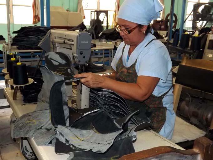 Fábrica de calzado, Manzanillo