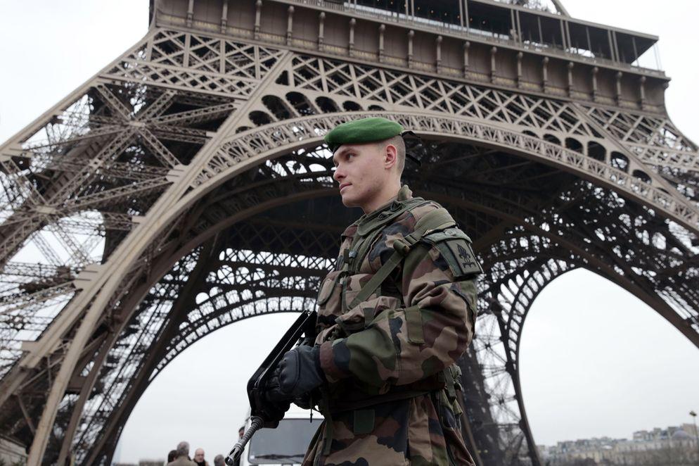 Incrementan seguridad en Francia durante últimos días de 2015