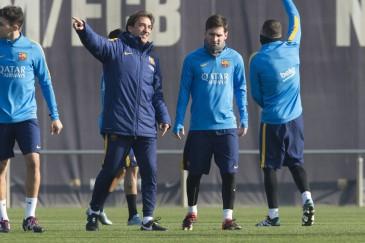 Lionel Messi entrena con el Barza