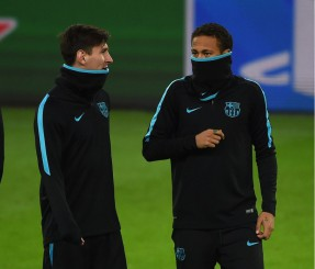 Messi y Neymar, durante el entrenamiento en Alemania. | PATRIK STOLLARZ