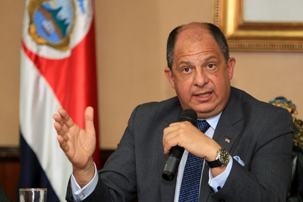 Costa Rica suspende el otorgamiento de visas temporales a cubanos