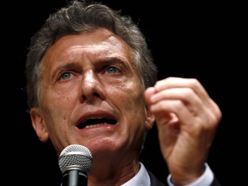 Adiós subsidios, luz y gas costarán más en Argentina