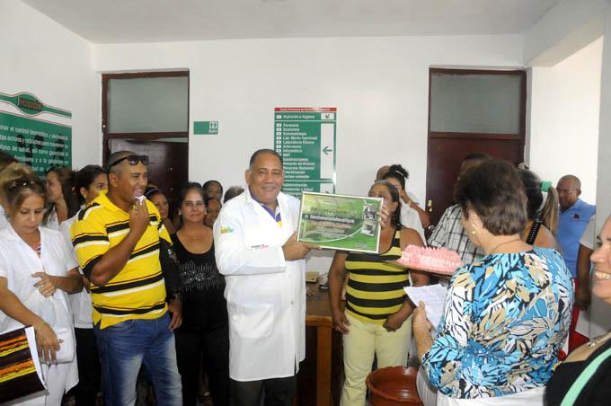 Prestigiosa institución granmense celebra el Día de la Medicina Latinoamericana