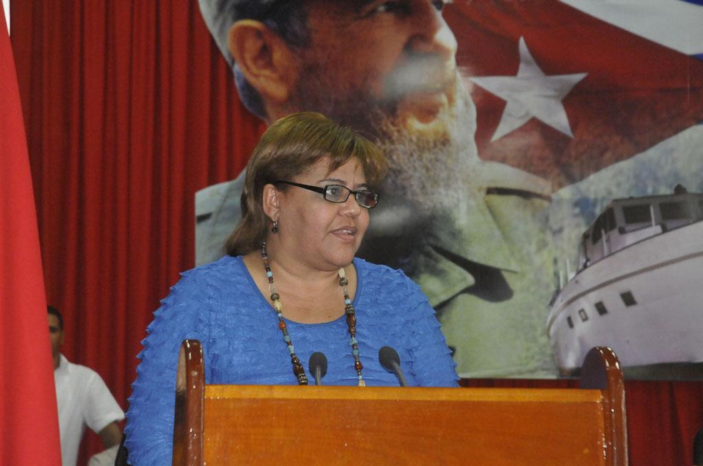 Olga Lidia Tapia, Miembro del Comité Central del PCC