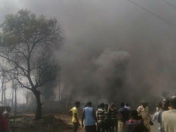 Explota planta de gas nigeriana, más de 100 muertos