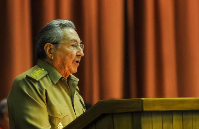 Discurso de Raúl en sesión del parlamento cubano