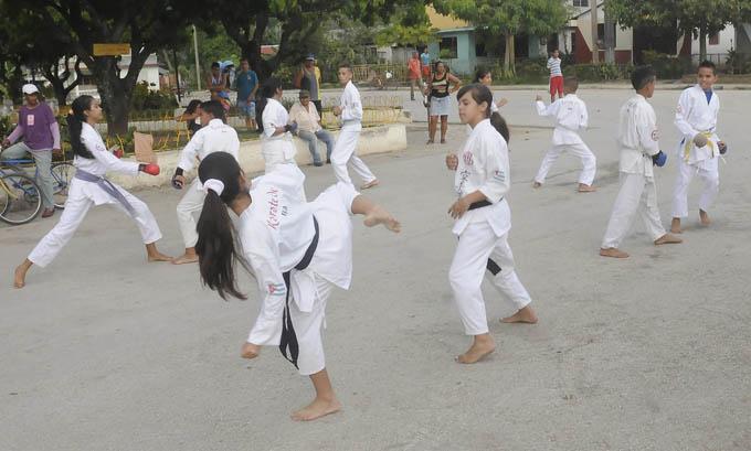 El karate es el deporte de mejores resultados en ese territorio montaboyarribense fiel a la tradición