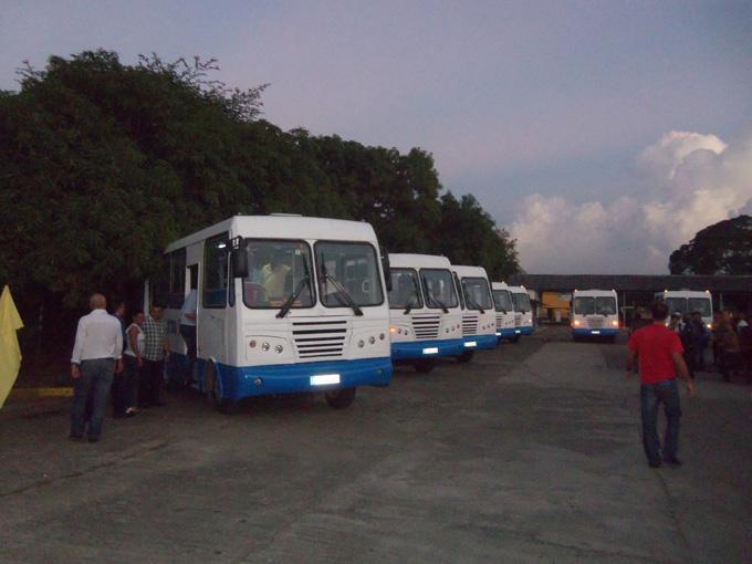 Nuevos ómnibus para el transporte urbano en Granma
