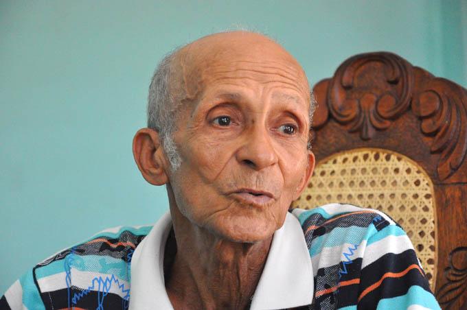 Alcides Sánchez, Héroe del Trabajo