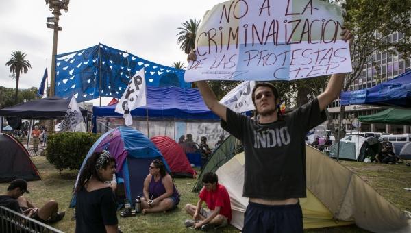 Nuevas marchas en Argentina contra medidas de Macri