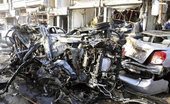 Decenas de muertos y más de 100 heridos en dos explosiones en Homs