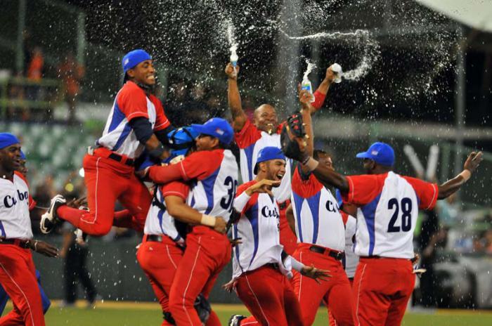 Cuba por retener el título en Serie del Caribe de Béisbol