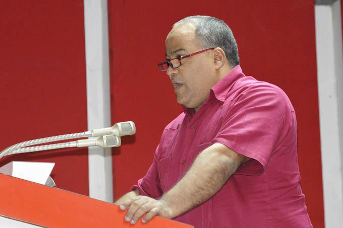 Dirigente partidista exhorta a lograr la integralidad en la ejecución de cada tarea