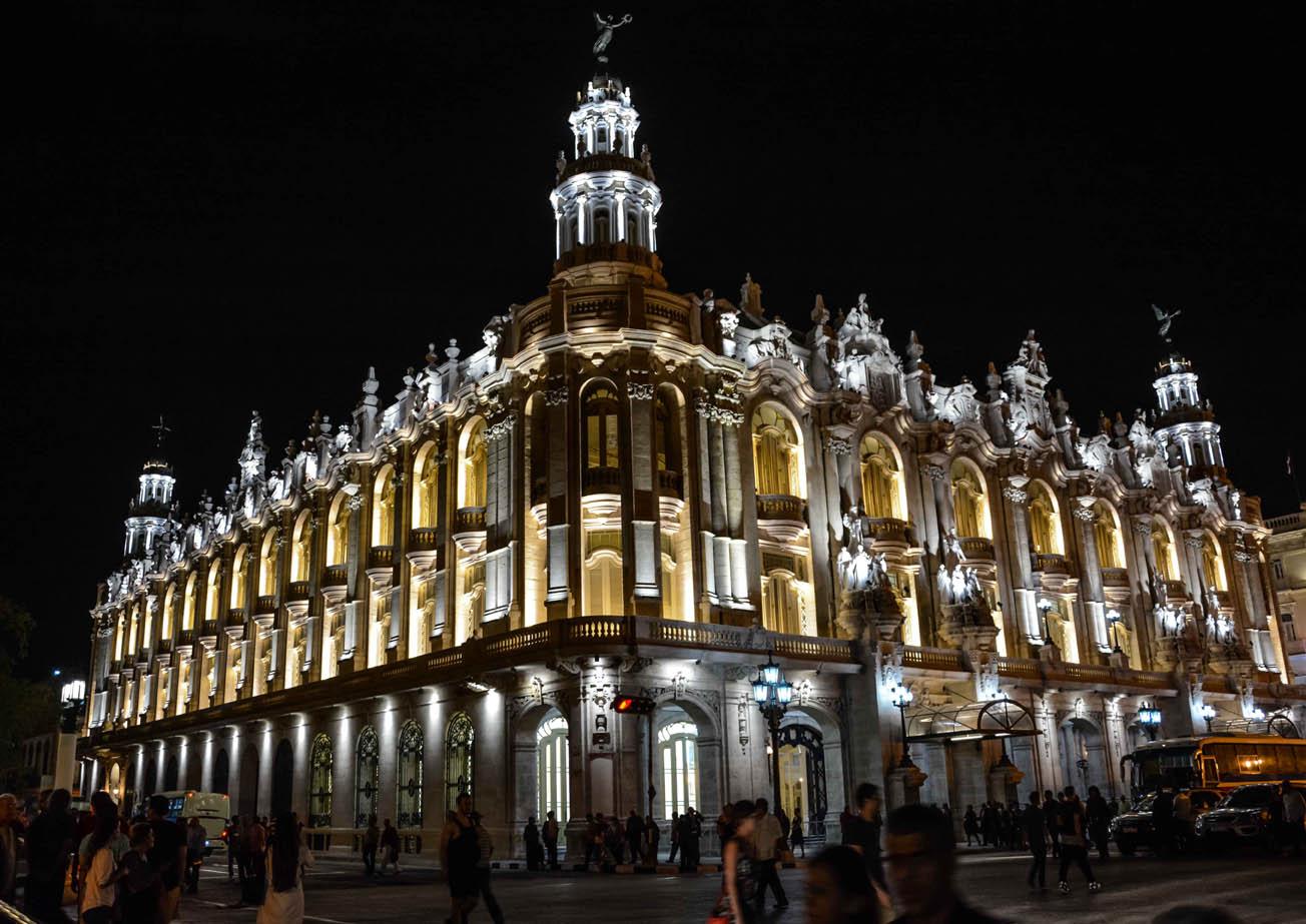 Gran Teatro de La Habana Alicia Alonso: majestuosidad y elegancia