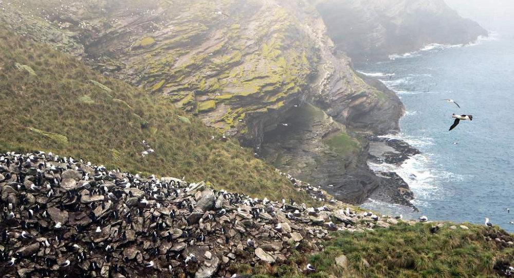 Histórico: líder del partido laborista inglés propuso negociar sobre las Malvinas