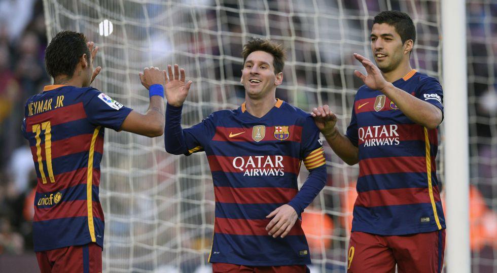 Leo Messi se divierte en el aperitivo del Balón de Oro