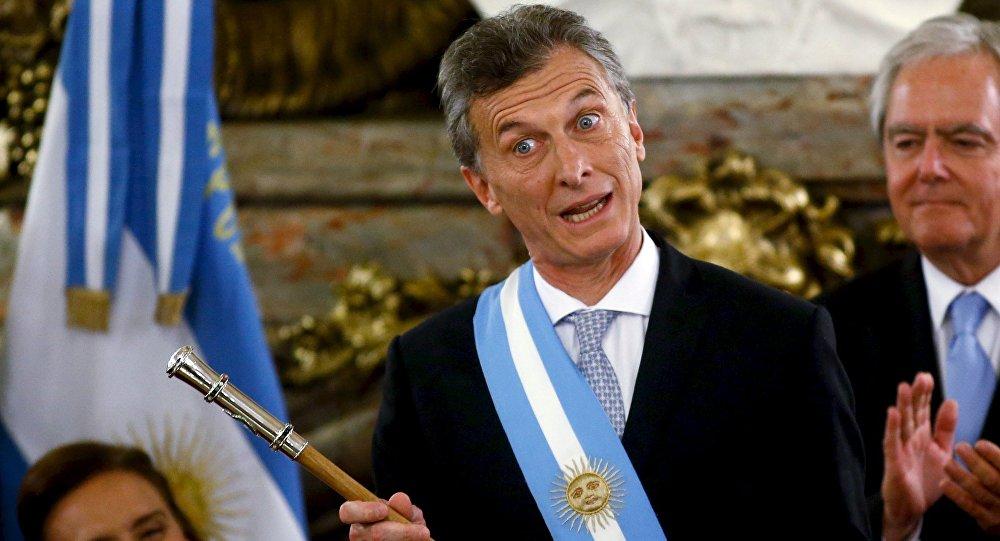 Critican a Macri por suspender viaje a la cumbre de Celac