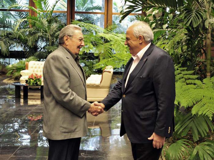 Recibió Raúl al Secretario General de la UNASUR
