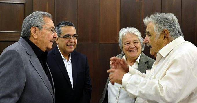 Recibió Raúl al compañero José Mujica