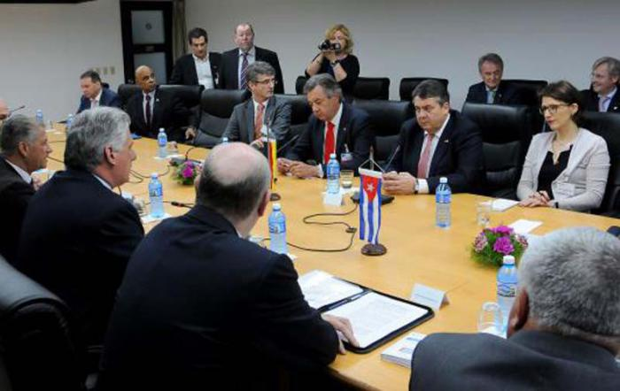 Primer vicepresidente cubano se reúne con vicecanciller alemán