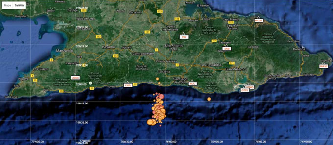 Concentración de epicentros de terremotos al suroeste de la ciudad de Santiago de Cuba registrados hasta las 6:00 am del día 18 de enero del 2016.