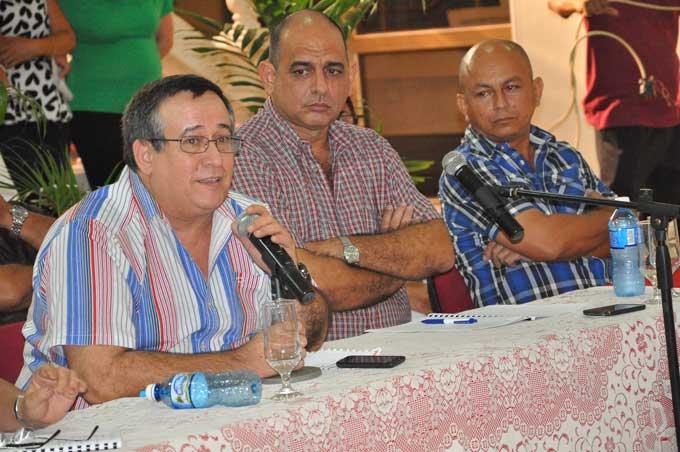 Viceministro de Cultura llama a promover la cubanía y eliminar la vulgaridad