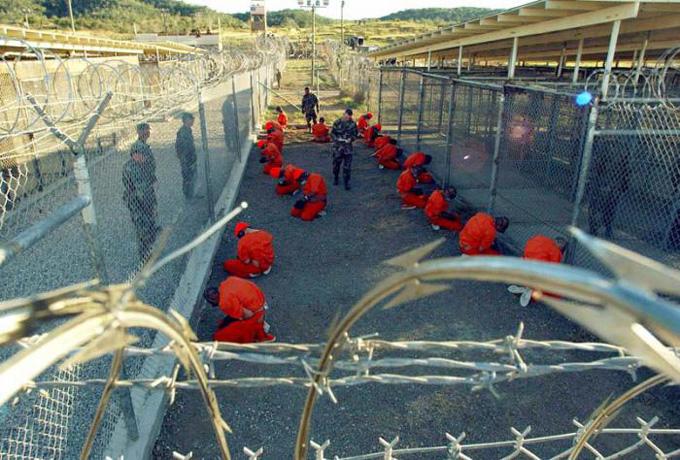 Investigan alarma por supuesto explosivo en base EE.UU. en Guantánamo