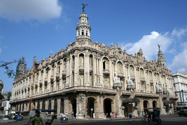 Gran Teatro de La Habana reabre con gala homenaje a Revolución cubana
