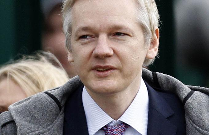 Suecia podría enviar nuevo pedido a Ecuador para interrogar a Assange