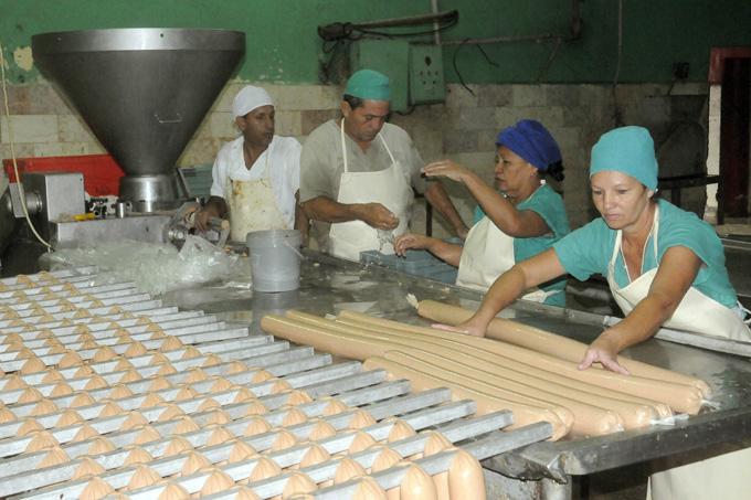 Celebran Día del Trabajador de la Industria Alimentaria