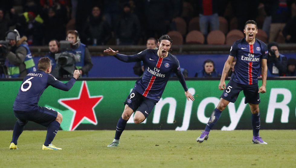 Cavani da ventaja al PSG y Obi Mikel deja vivo al Chelsea