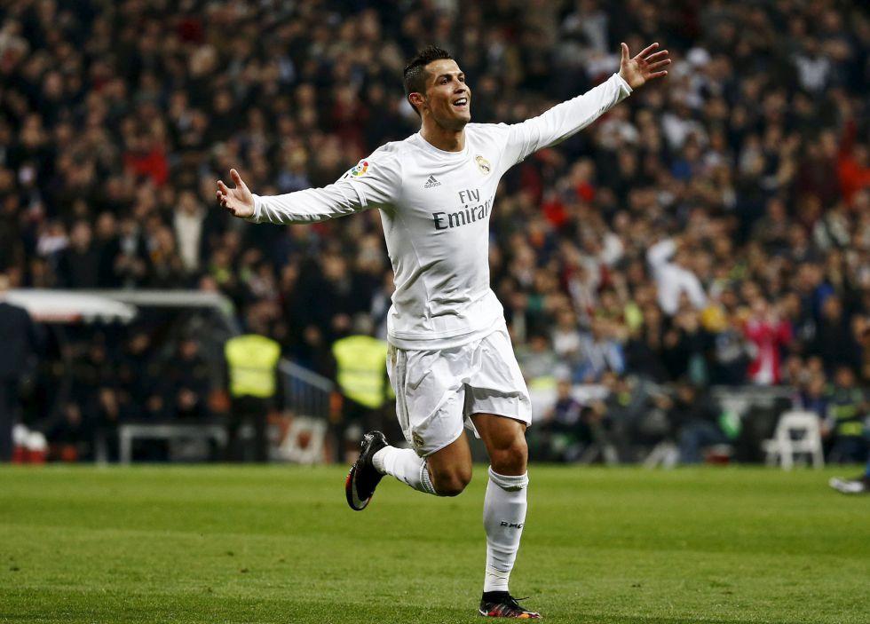 Cristiano Ronaldo: 35 partidos marcando tres o más goles