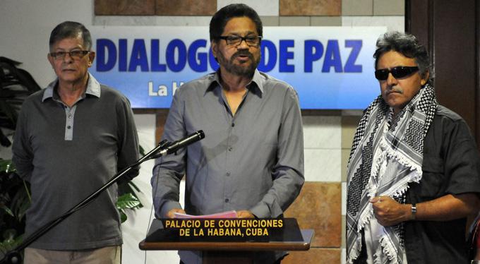 Retoman diálogos de paz FARC-EP y gobierno de Colombia