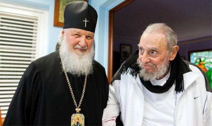 Kirill conversa con Fidel Castro (+ fotos)