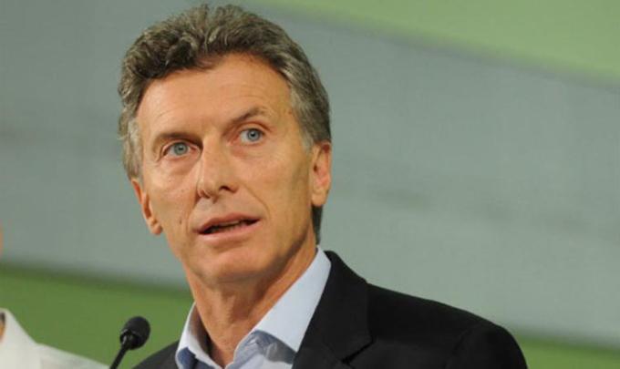 Presidente argentino convoca a sesiones extraordinarias de Congreso